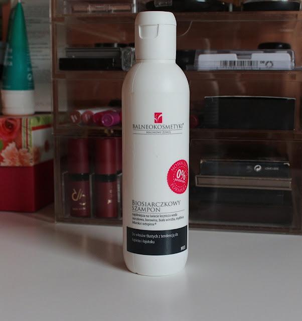 Balneokosmetyki, biosiarczkowy szampon przeciwłojotokowy i przeciwłupieżowy