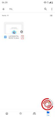 2. Langkah pertama yaitu silakan kalian pilih file mana yang akan kalian buat linknya pada akun Google Drive kalian lalu klin pada ikon titik tiga di samping kanan file yang kalian pilih