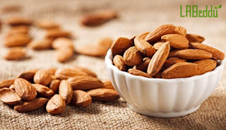 10 Kinds of Healthy Snacks for Diabetics : Almonds