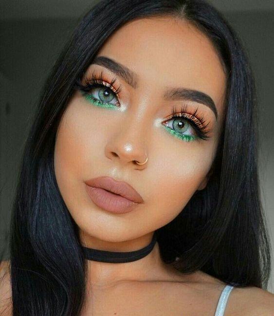 maquiagem tons dourado com verde