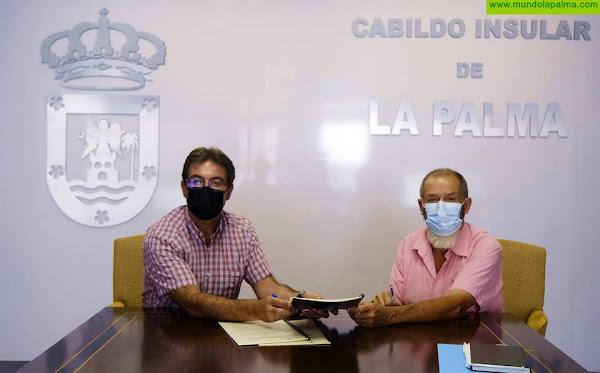 El Cabildo firma el convenio con El Frescal que pone en marcha el Plan Forrajero de La Palma