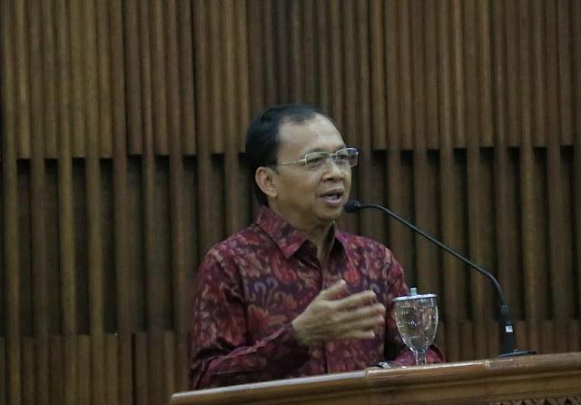 Gubernur Koster Naikkan Tunjangan Kepala Sekolah SMA/SMK/SLB se-Bali Lebih dari 300%