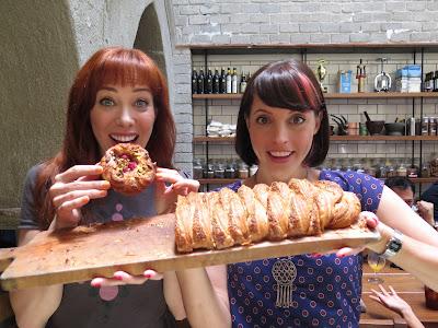 Série reúne cenas ao estilo food porn para mostrar criações de docerias, sorveterias e afins - Divulgação