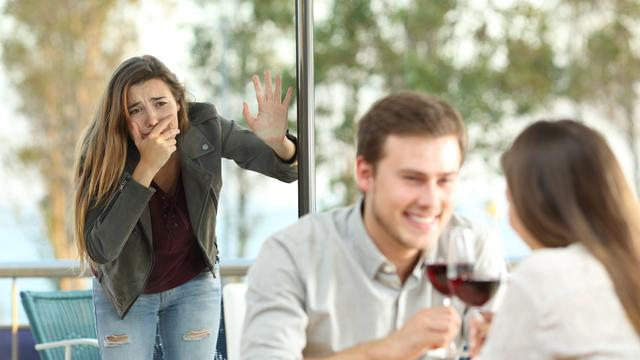 7 Cara Membuat Pasangan Menyesal Karena Selingkuh