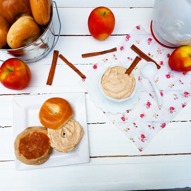 make your own Flavored Cream Cheese Spreads