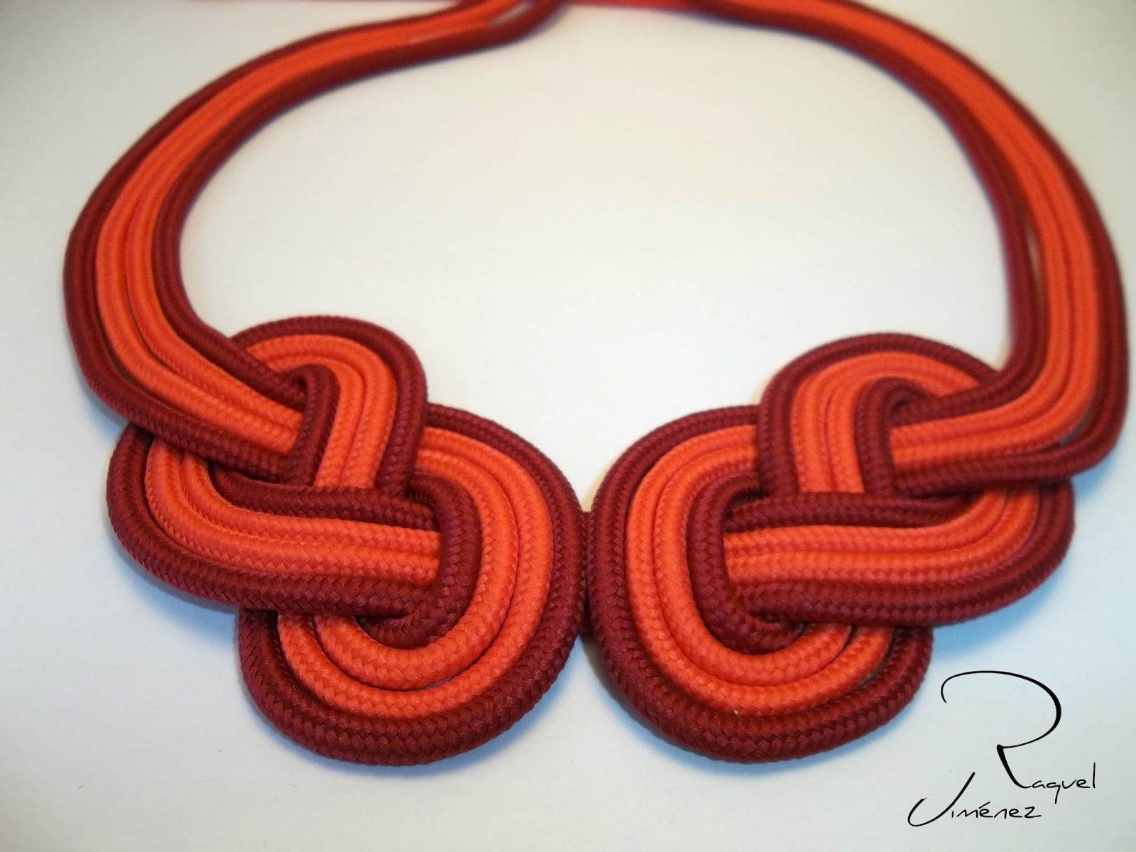 collar con nudo celta