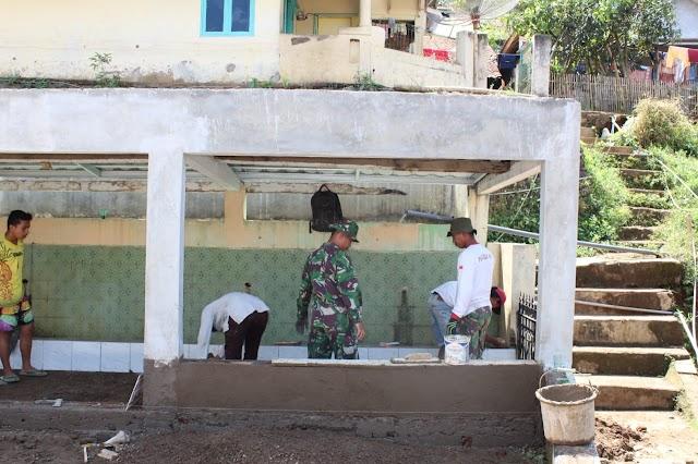 Satgas TMMD Ke 109 Kodim 0612/Tasikmalaya Rehab Kembali MCK Masjid Yang Rusak