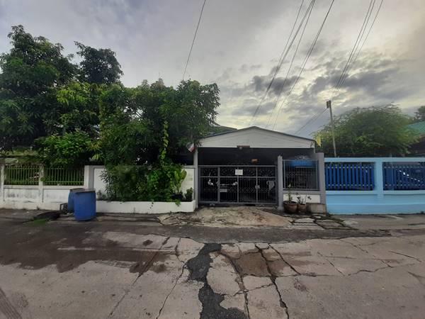 ขาย!! บ้านราคาช่วงโควิด บ้านพร้อมบ้านเดียวชั้นเดียวอีกหนึ่งหลัง หมู่บ้านวนาทิพย์ 2 เงียบสงบ ซ. ประชาร่วมใจ 19