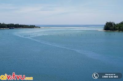 Biển Lộc Bình hoang sơ tại xứ Huế