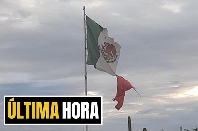 LA PAZ: ¡Ya retiraron la bandera destrozada!