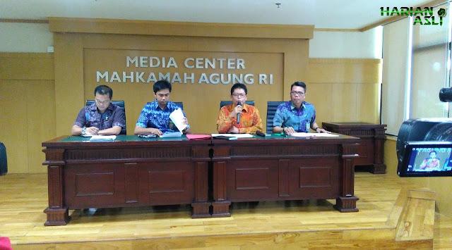 MA: Tidak Etis Bandingkan Kinerja Kami dengan MK
