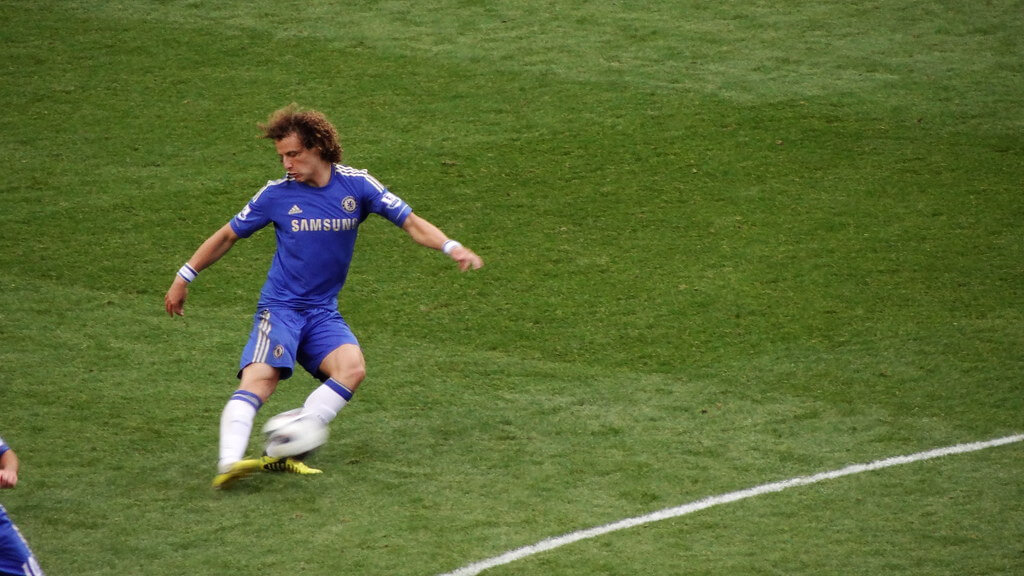 Arsenal Set To Sign David Luiz On A 2 Year Deal After Agreeing £8m Deal With Chelsea
