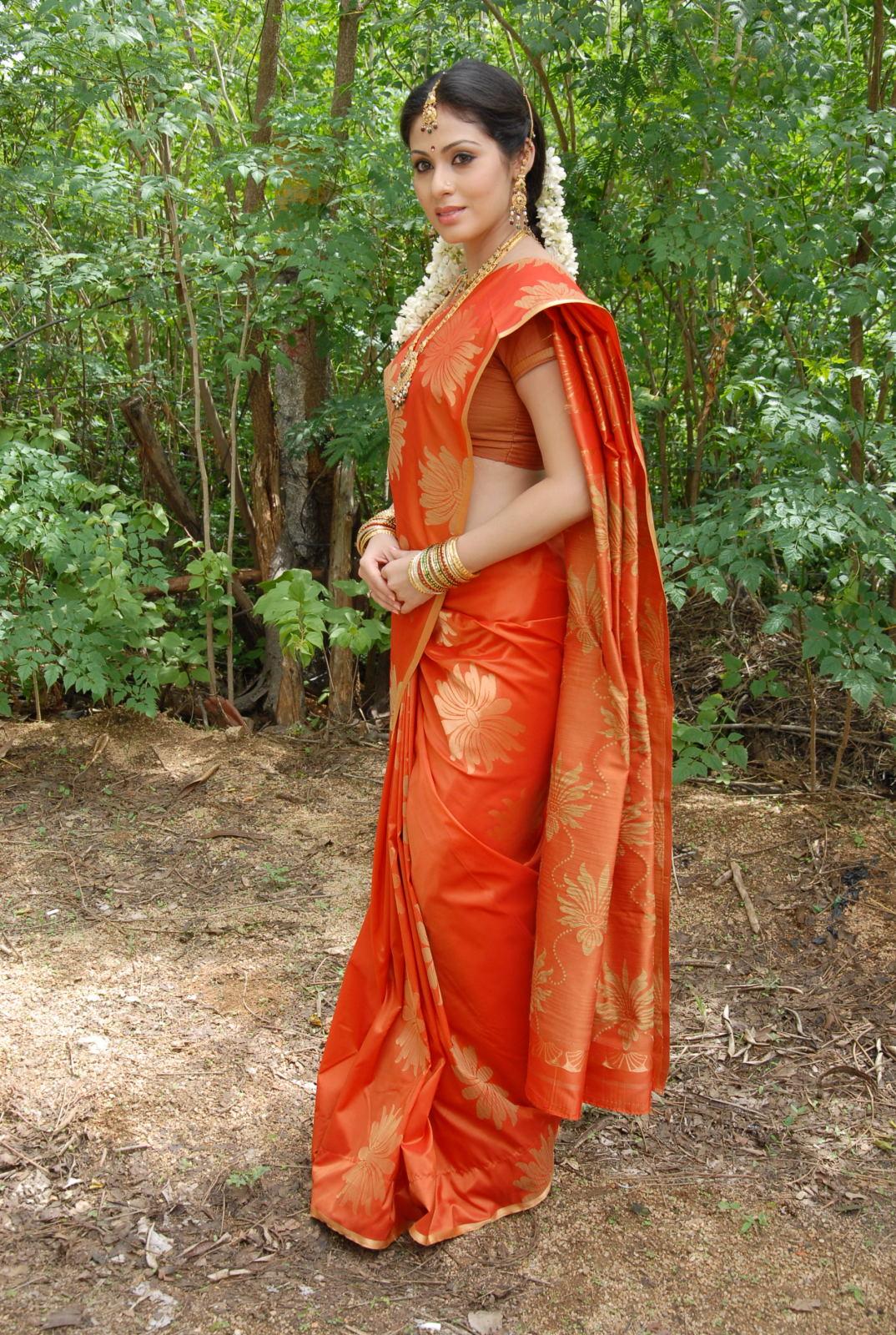 Hot Marathi photo anti