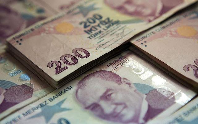 Νέες πιέσεις δέχεται η τουρκική λίρα