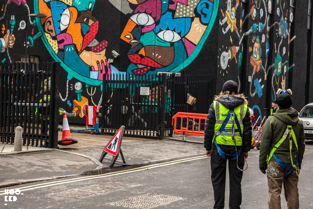 Italian street artists Hunto And Mister Thoms in Shoreditch London. Photo ©Hookedblog