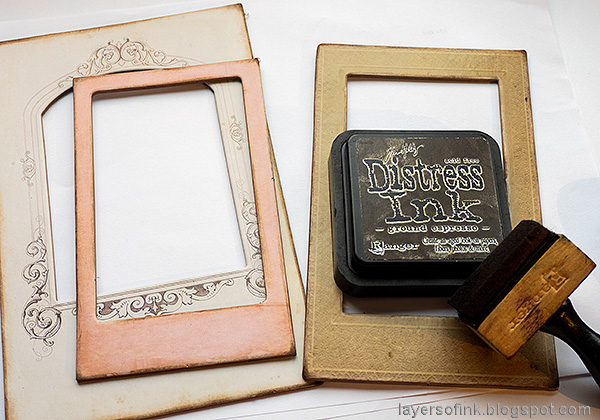 Layers of ink - Vintage Christmas Frame Tutorial by Anna-Karin Evaldsson. Sand the frames.