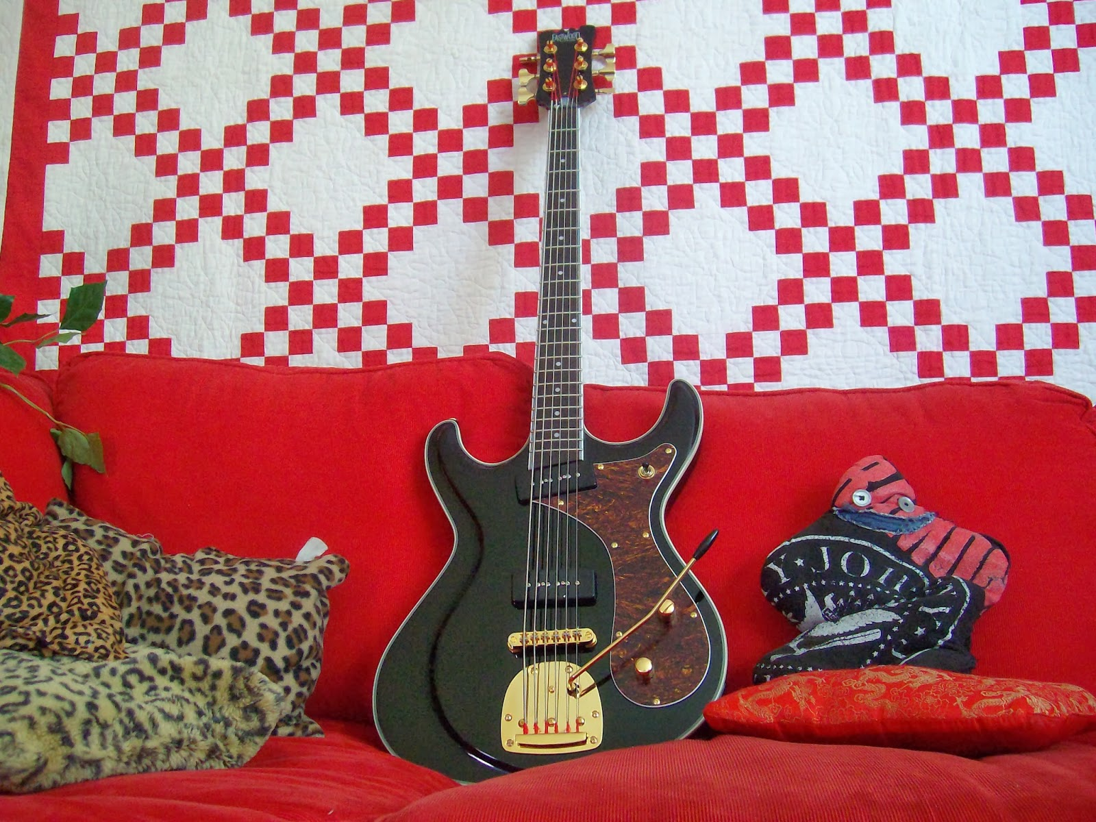 Armoured Vehicles Latin America ⁓ These Eastwood P90 Special Guitar