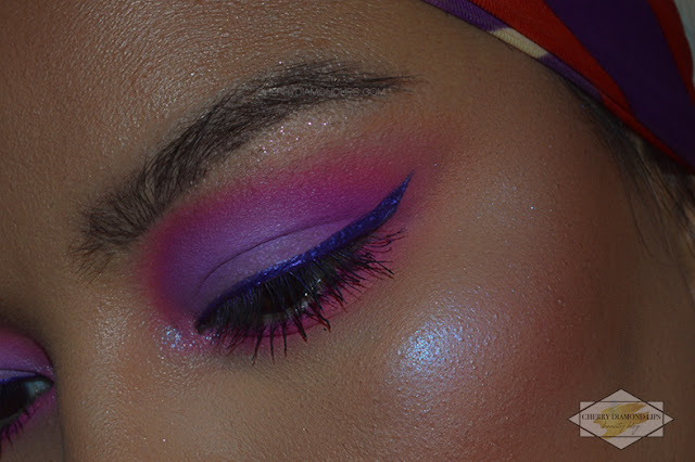 Review Vivid Punchy Pink by W7 Makeup,  Neon Obsession Neon Pink di Huda Beauty, pink neon makeup, neon violet makeup, invictus mulac cosmetics, razor sharp eyeliner ecstasy urban decay