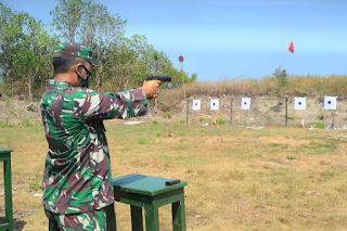 Asah Kemampuan Ketangkasan, Prajurit Kodim 0719/Jepara Gelar Latihan Menembak