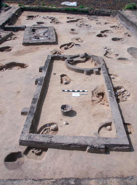 83 ancient graves discovered in Egypt's Nile Delta
