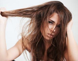 Cara Mudah Merawat Rambut Rusak Akibat Smoothing