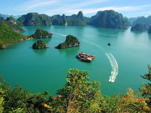 Ha Long - Stunning nature of heritage country