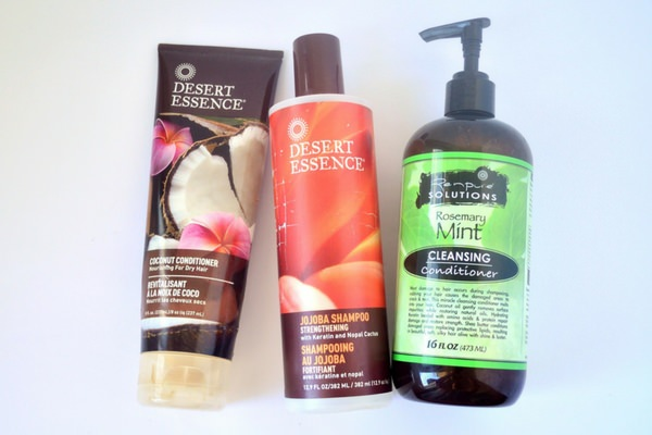 cuidado del cabello rizado productos naturales Desert Essence RenPure Solutions