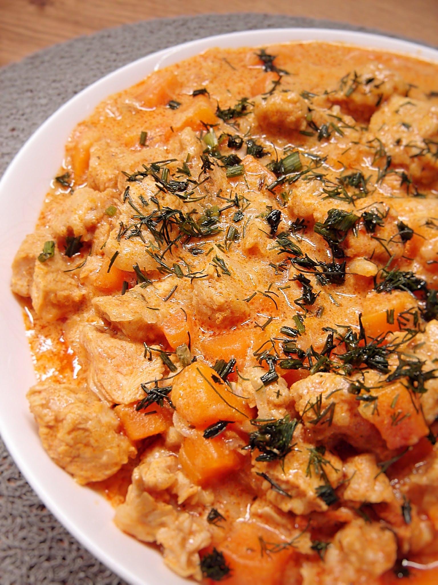 Gulasz z indykiem i warzywami