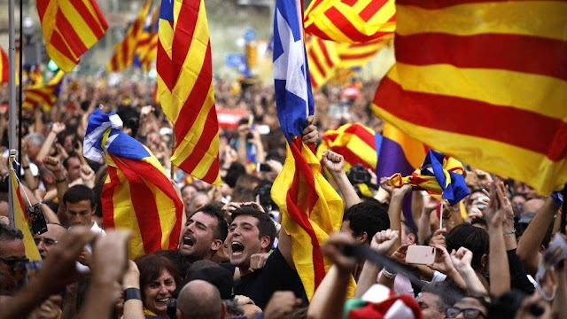 Felfüggesztette az előzetes letartóztatásban lévő katalán képviselők mandátumát a spanyol parlament elnöksége