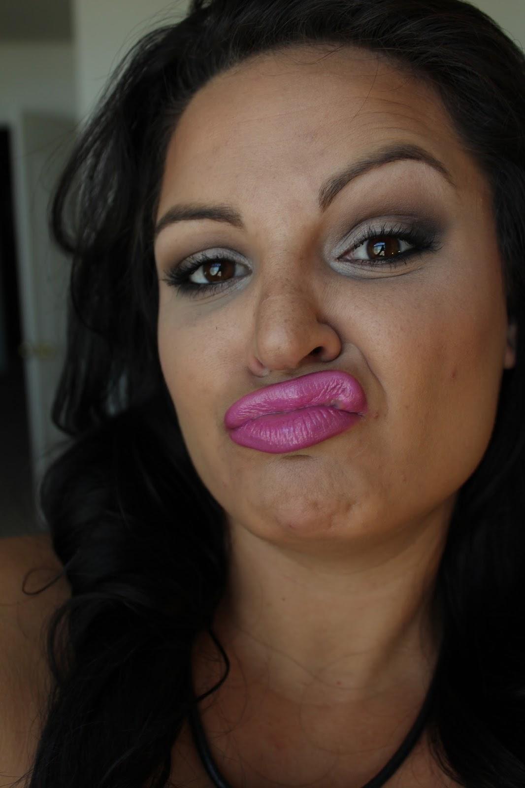 women pink fashion: Urban Decay Naked Basics EOTD {Makeup