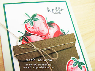 Strawberry Basket Card made with Stampin'Up!'s Sweet Strawberry Bundle and Tasteful Textile 3D embossing folder