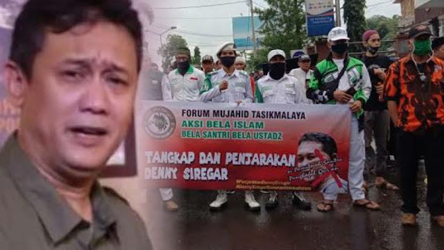 """Didemo dan Dipolisikan Forum Mujahid Tasik, Denny Siregar Bilang """"Kadrun Ngamuk"""", #TangkapDennySiregar Jadi Trending Twitter"""