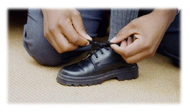 الذوق سلوك الروح (11).. خلع الأحذية عند دخول المنزل
