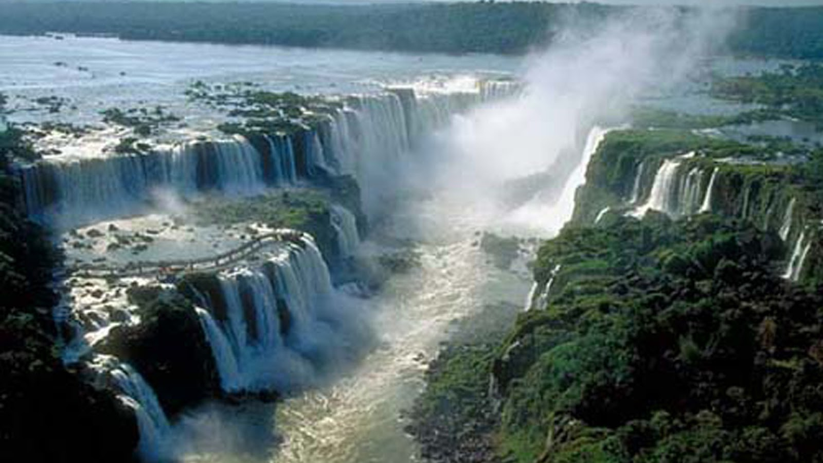 Iguazu Falls Brazil Amp Argentina Must See How To