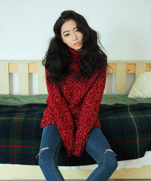 Flecked Turtleneck Knit Shirt by Stylenanda