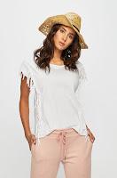 tricouri-si-topuri-pentru-femei-4