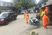 Bhakti Brimob Aceh Untuk Masyarakat Semprotkan Disinfektan di Tempat Pelayanan Publik
