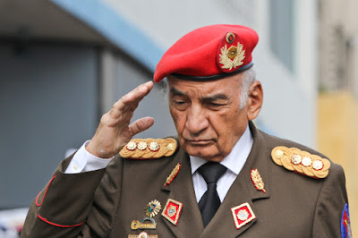 Superar_crisis_liderazgo_crisis_moral_educativa_illuminatis_mataron_chavez