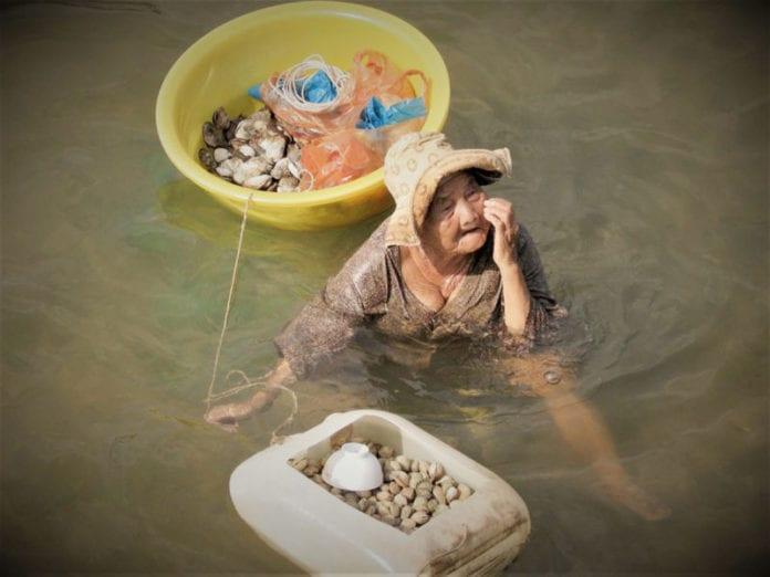 Nguyen 85 Tahun Sara Anak 61 Tahun Yang Kurang Upaya