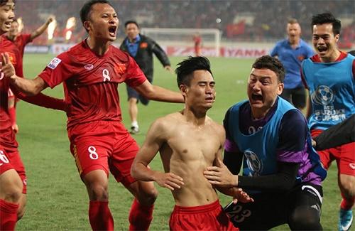 Người hâm mộ bất ngờ trước quyết định của Vũ Minh Tuấn
