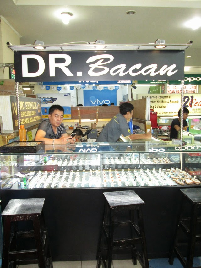 DR. Bacan, ITC ROXYMAS, lt dasar blok FA-9, Hasyim Ashari, Jakarta Pusat