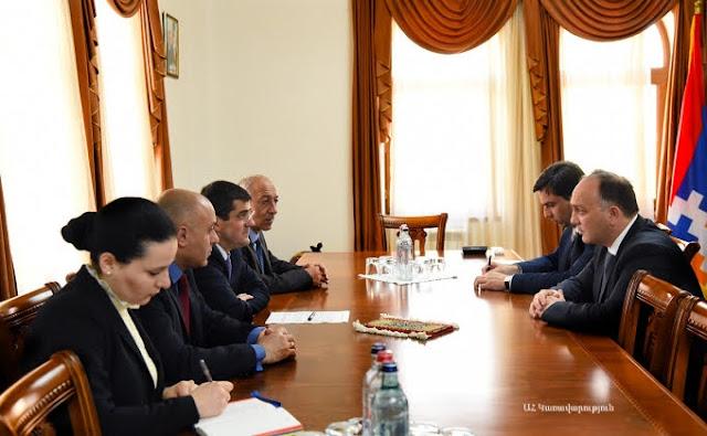 Canciller de Osetia del Sur visita Arsaj