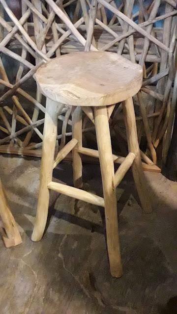 Bar Stoll dari ranting kayu jati dan limbah kayu jati
