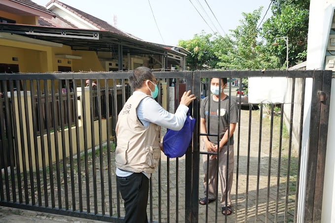 Wakil Walikota Distribusikan Sembako Buat Warga Isoman