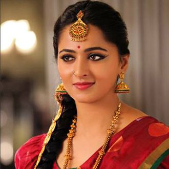 Anushka Shetty is an Indian film Actress.Anushka Shetty was born on 7 November 1981.Anushka Shetty bahubali film actress.