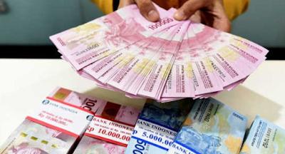 Pinjam Uang Online dan Bank