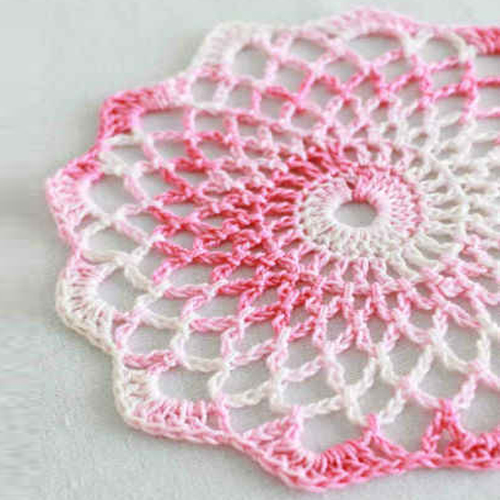Shaded Pinks Doily - Free Pattern