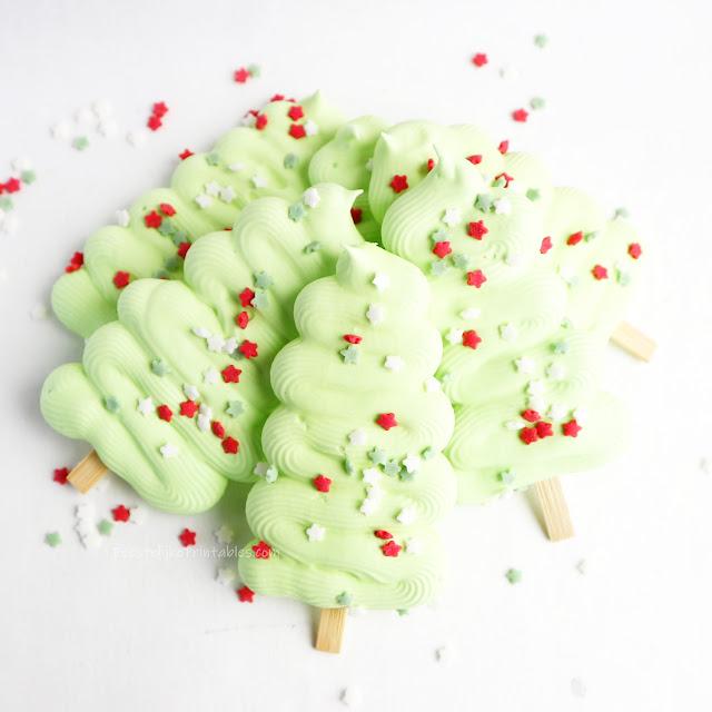 kerst, traktatie, schuimpjes, meringue recept, recept meringe, schuimpjes bakken
