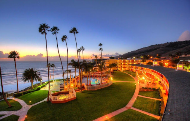 Discover your ideal vacation at the SeaCrest OceanFront Hotel in Pismo Beach, CA! This oceanfront hotel is the perfect location to stay on the California coast.