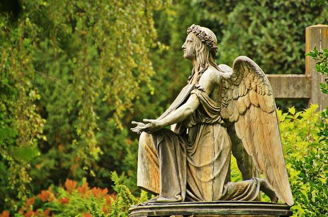 Oração Do Anjo Da Guarda - Estatua de Anjo
